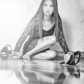 illuminate by Rajha Tahir - Black & White Portraits & People (  )