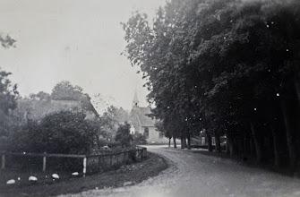 Photo: Kerkstraat, blik op de kerk