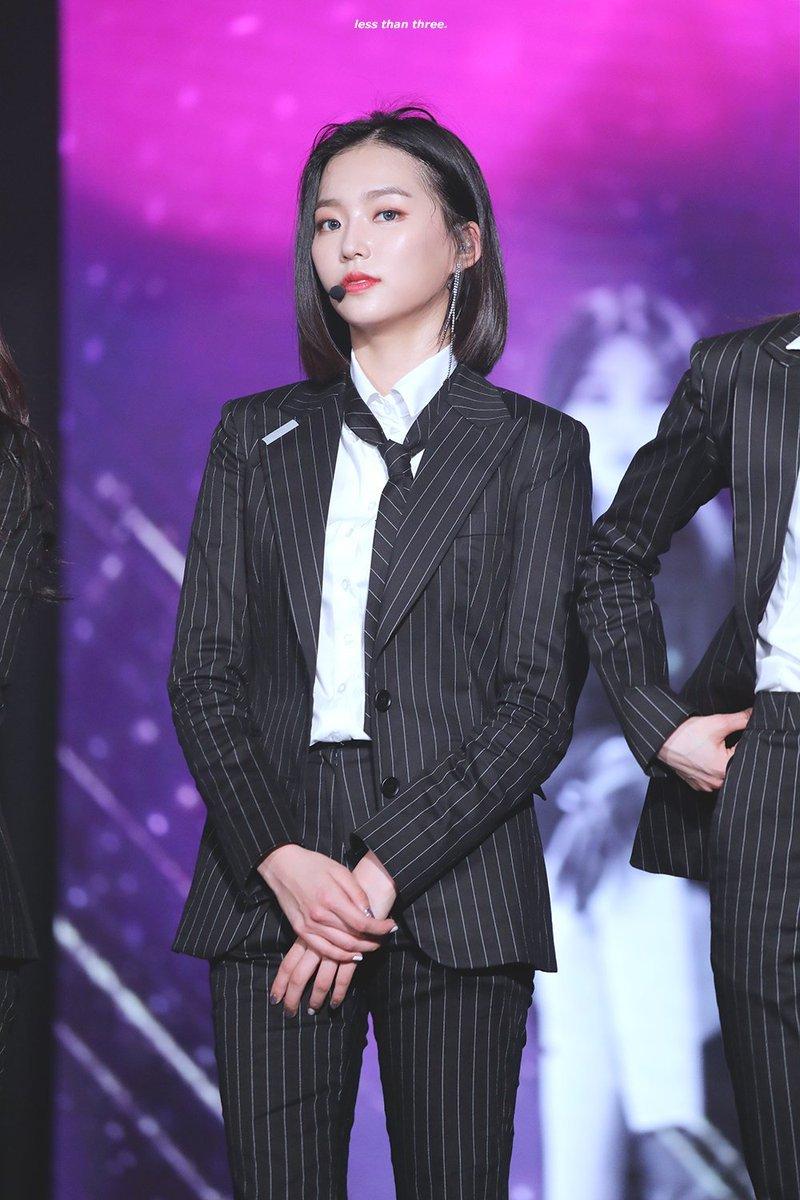 yeeun suit 9