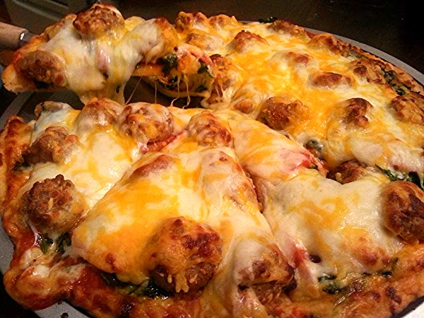 Meat Ball And Spinach Pizza Recipe