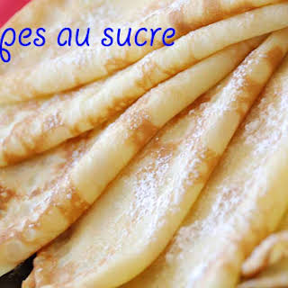 Crêpes au sucre (Sugar pancakes).