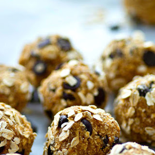 Oatmeal Chocolate Chip Cookie Energy Bites Recipe