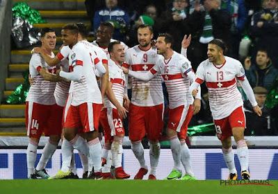 Ricardo Rodriguez haalde een bal van de lijn in de slotminuten van de wedstrijd tussen Zwitserland en Noord-Ierland