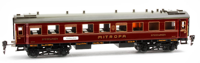 Photo: 'Mitropa' Dining Car no. 19420
