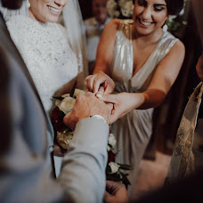 Nhiếp ảnh gia ảnh cưới George Avgousti (geesdigitalart). Ảnh của 10.08.2019