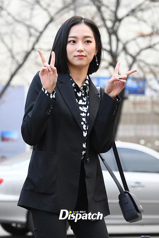 yeeun black 10