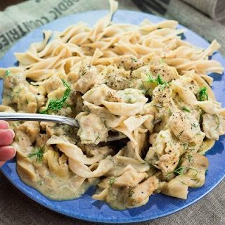 CHICKEN STROGANOFF IN CROCK POT