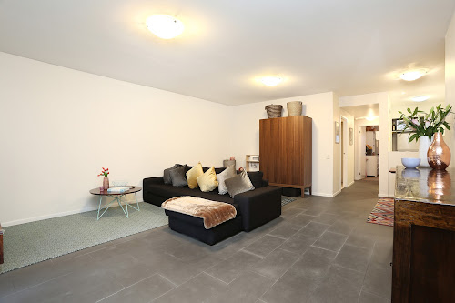 Photo of property at 61/1 Riverside Quay, Southbank 3006