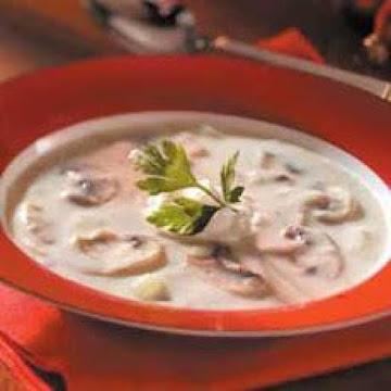Thick & Creamy Homemade Cream Of Mushroom Soup Recipe