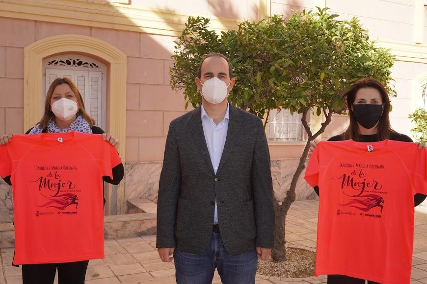 Presentación de la I Carrera Solidaria de la Mujer de Carboneras.