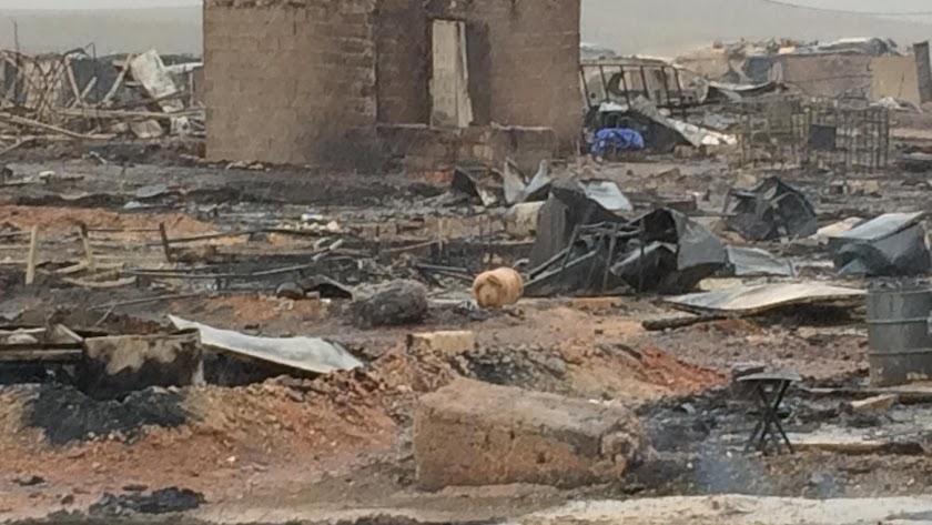 El fuego se ha cebado en la zona del asentamiento ocupado por los subsaharianos.