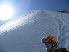 Photo: Uno de los objetivos del dia de aclimatación: la punta Lachenal.