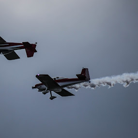 Duel Time by Jason Roe - Transportation Airplanes ( flight, planes, roe, upsidedown, airshow )