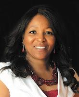 Dr. Elizabeth Small photo