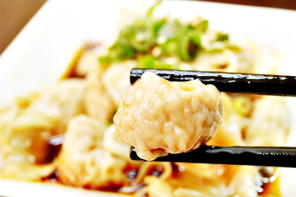南門蒸餃 總鋪師家傳好味道 抄手麵食煎餅炒小菜總類多多