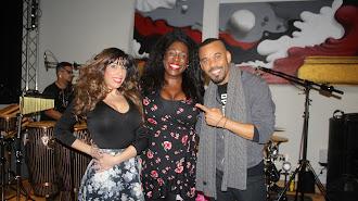 Carlene Graham  junto a Lola Dorado y Chipper.
