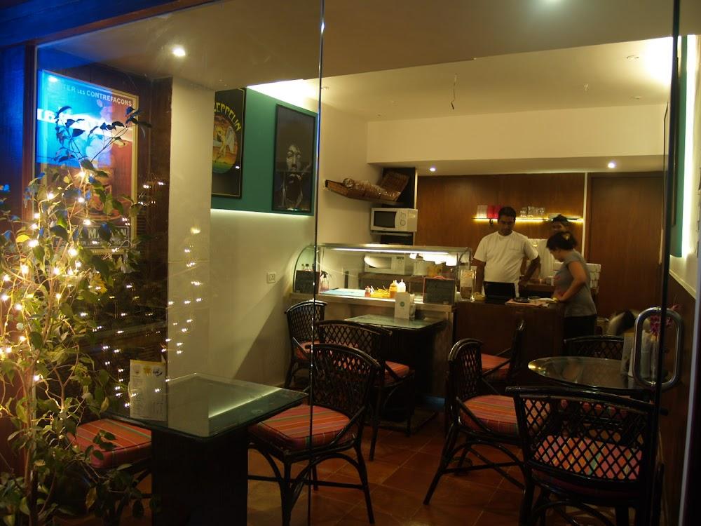 best-pet-friendly-cafe-mumbai-gostana_image