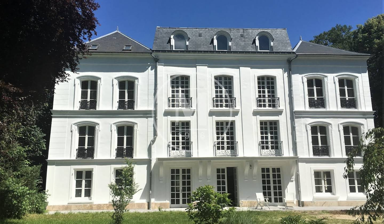 Castle Mareuil-sur-Ourcq
