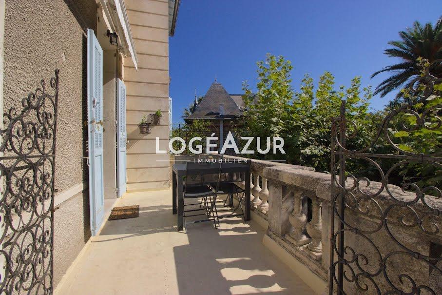 Location meublée appartement 3 pièces 63.66 m² à Cap d'Antibes (06160), 1 240 €