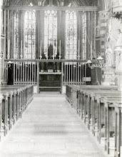 Photo: 1920 Het priesterkoor van de St. Martinuskerk.
