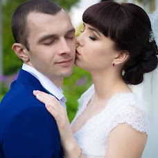 Wedding photographer Irina Kolesnikova (KolesnikovaI). Photo of 02.08.2017