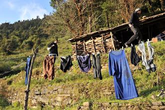 Photo: 遅くに洗濯をはじめたら全然乾かなかった。