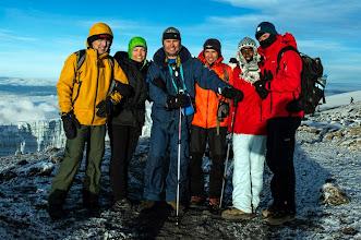 Photo: 5 percre a csúcstól (Gyapay Gábor, Staár Beatrix, Dér Tamás, Mécs László, Mohamed, Szalay-Berzeviczy Attila)
