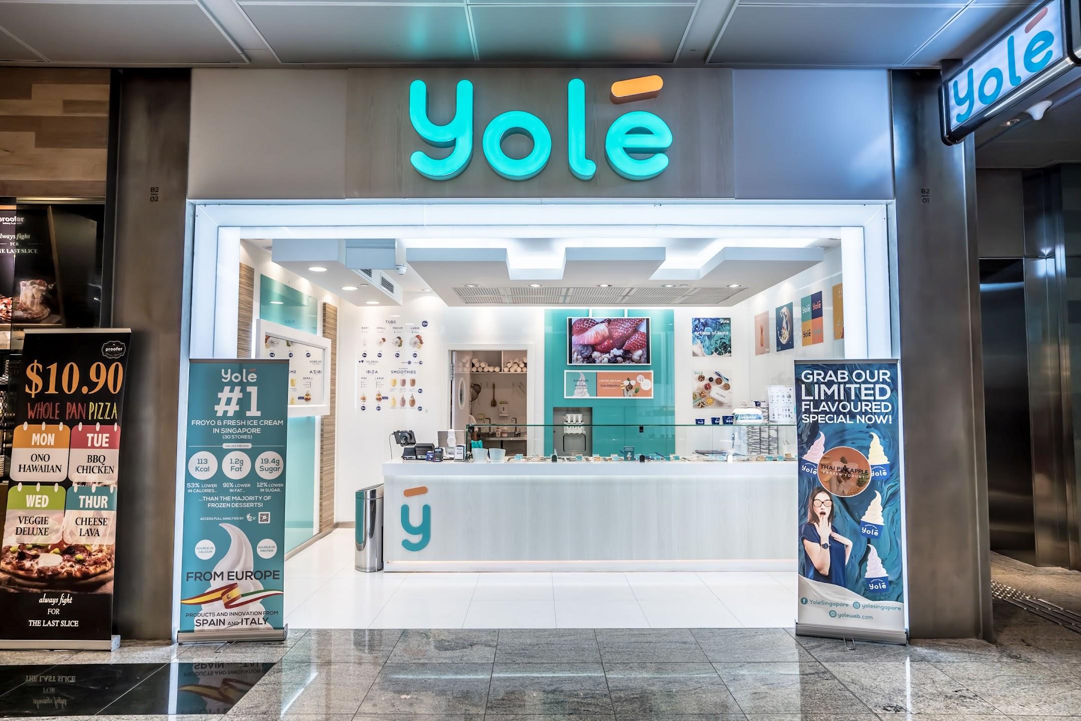 Singapore Yolé1