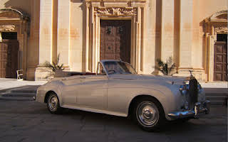 Rolls-Royce Silver Cloud Convertible Rent Central Region