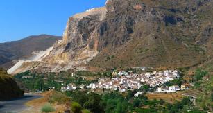 Cóbdar es un pequeño municipio con una amplia oferta de ocio.