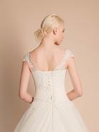 robe-de-mariee-arome-dos-robe-de-mariage-dentelle-robe-de-mariee-princesse-avec-bretelles
