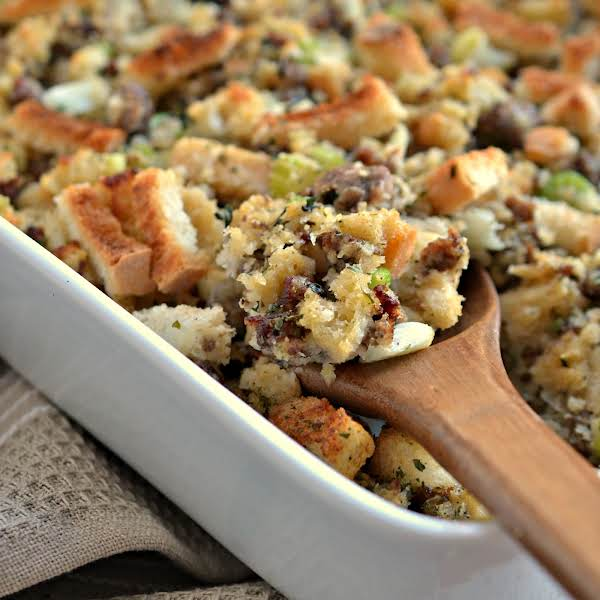 This Sausage Stuffing Recipe Is Made Easy With Unseasoned Pork Sausage, Dried Bread Cubes, Sauteed Onions, Celery And Garlic And A Perfect Blend Of Fragrant Fresh Herbs.  It Comes Together Quickly And Bakes To Perfection In About Thirty Minutes.