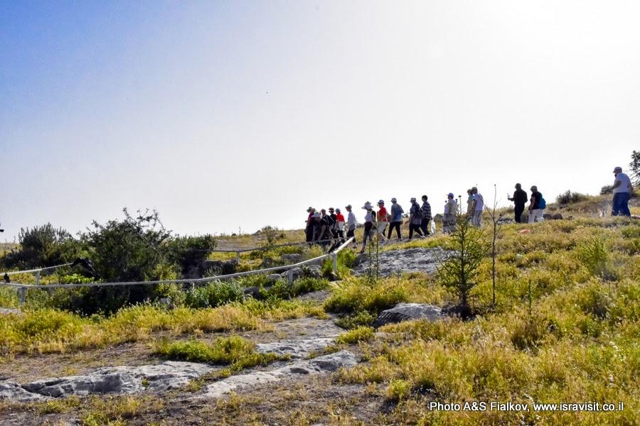 Экскурсия в археологическом заповеднике Хирват Бургин. От пещеры к пещере. Израиль.