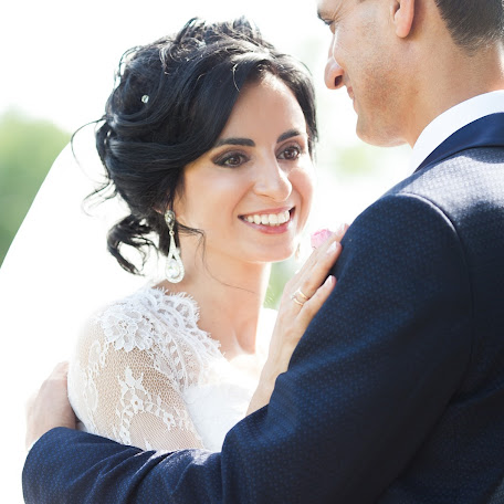 Wedding photographer Zhanna Staroverova (zhannasta). Photo of 25.11.2017