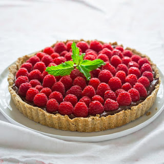 Healthy Chocolate Hazelnut Raspberry Tart