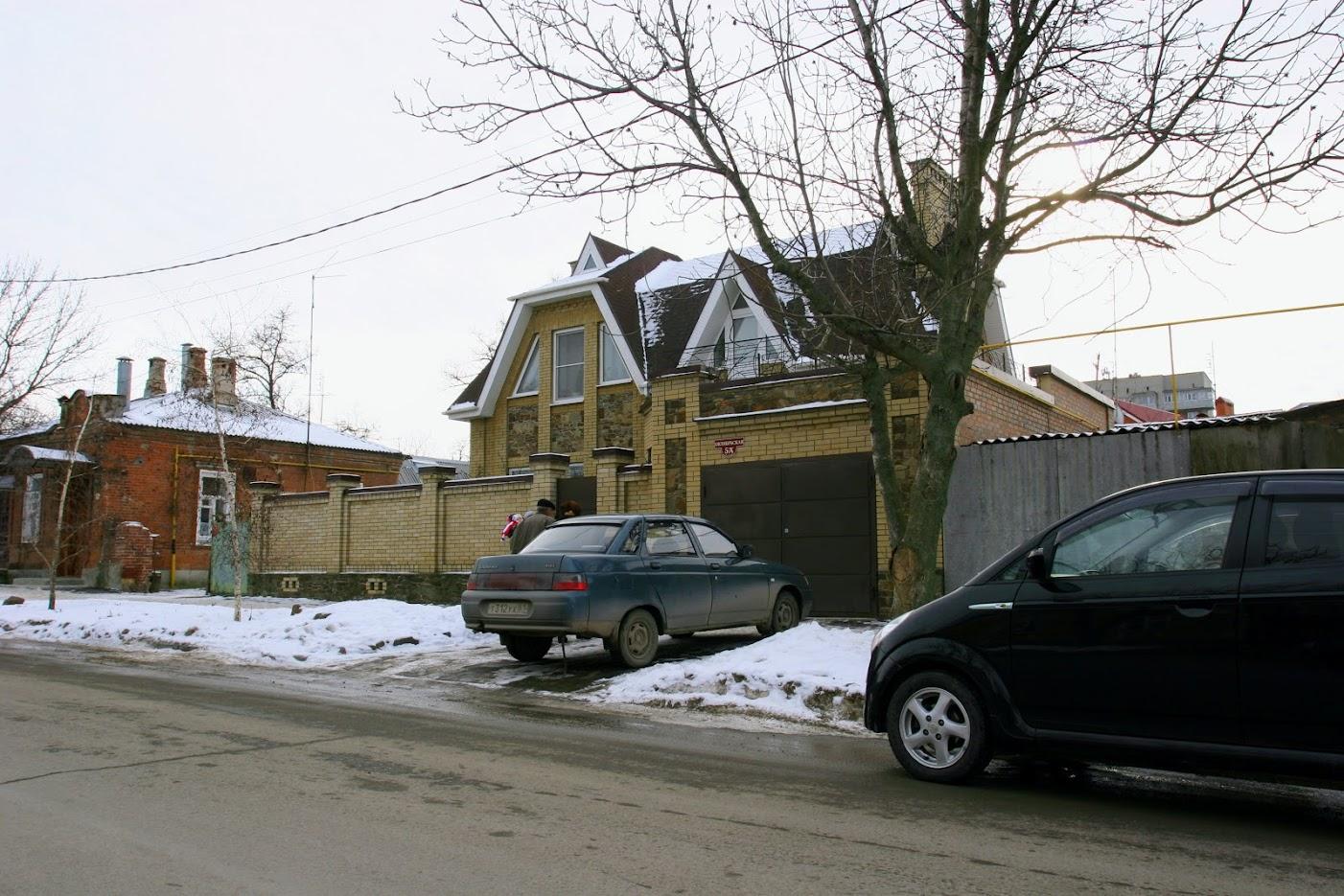https://sites.google.com/site/istoriceskijtaganrog/oktabrskaa-ulica/dom-5