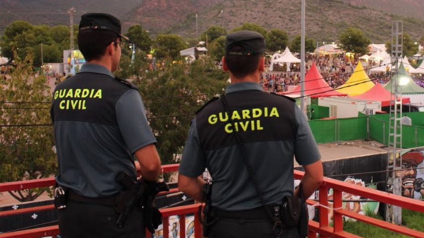Imagen de archivo de agentes de la Guardia Civil.