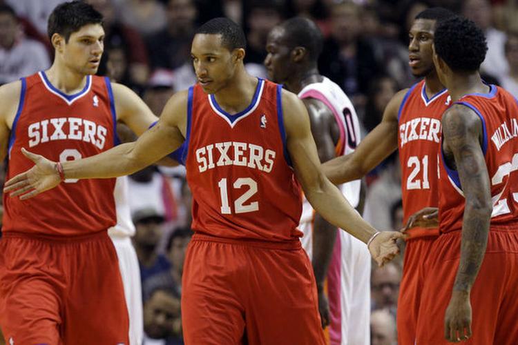 Golden State kan niet winnen zonder Curry, Thompson en Green, Philadelphia blijft ongeslagen