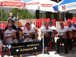 Photo: Terassenkonzert beim Restaurant Hanigalp