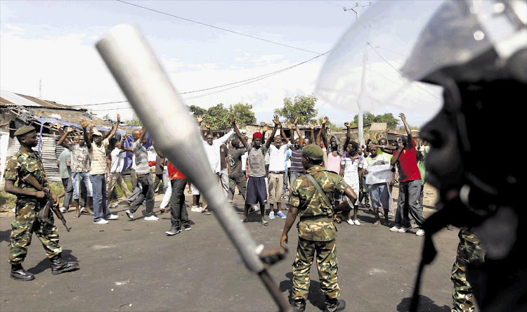 Protesters and riot police clashed in Bujumbura, Burundi, during the period president Pierre Nkurunziza prepared to run for a third term. (File photo)