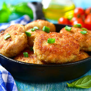 The 10-Day Tummy Tox Oven-Fried Turkey Cutlets.