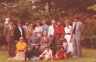 Photo: Familie den Breejen 40 jaar getrouwd  24 juni 1979.