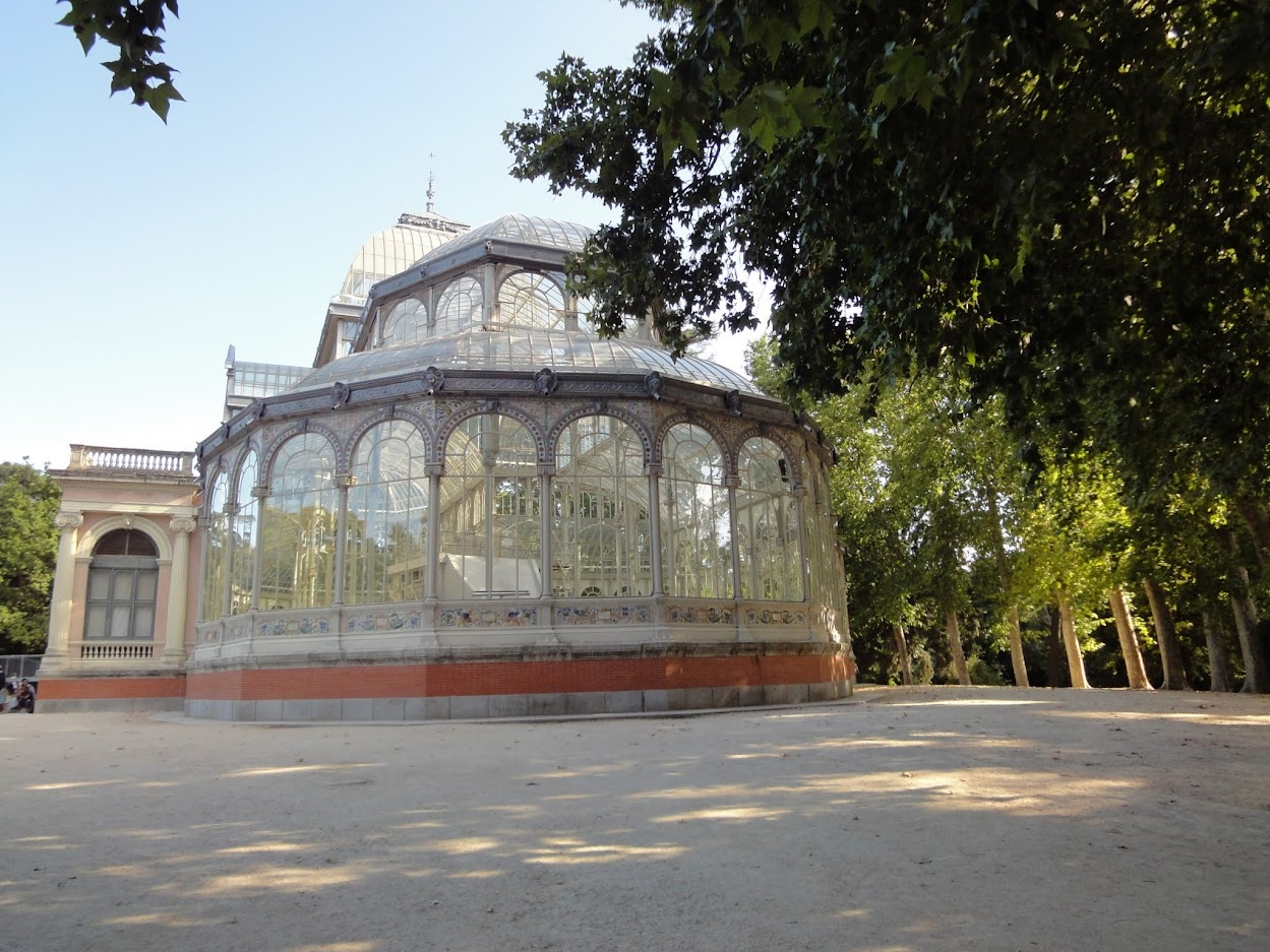 Palais de crystal dans le Parc del Retiro à Madrid