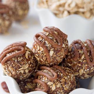 Cinnamon Raisin Oatmeal Cookie Balls (gluten-free, vegan, dairy-free, whole grain).