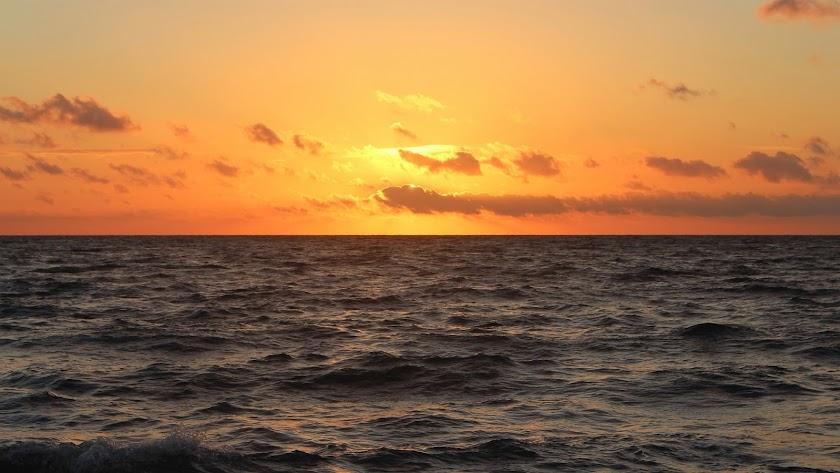 Puesta de sol marítima.