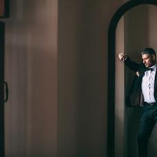 Wedding photographer Dmitriy Schekochikhin (Schekochihin). Photo of 12.01.2017