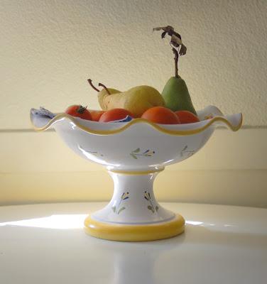 Fruit bowl. Photo by Lisa Callagher Onizuka