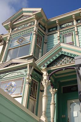 Ornate Victorian. San Francisco CA. Photo by Lisa Callagher Onizuka