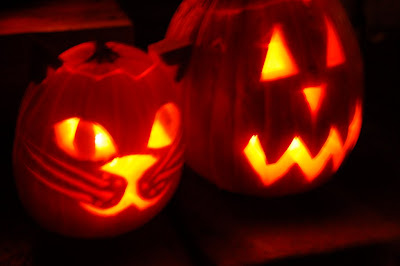 Happy Halloween! Four jack-o-lanterns carved by Seiji Onizuka and Lisa Callagher Onizuka. Photo by Lisa.