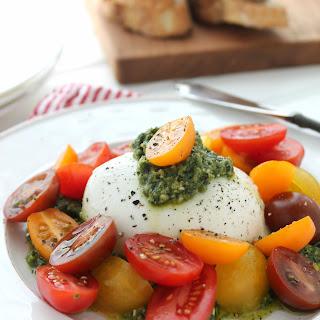 Creamy Burrata with Pesto and Tomatoes